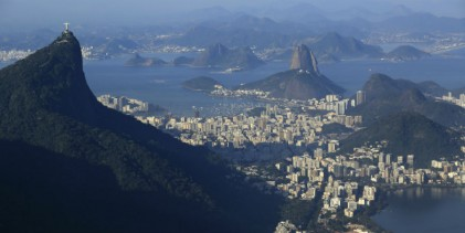 Paz reconoce dificultades para vender activos en Brasil tras anunciar salida