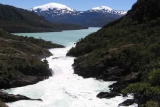 ¿Revive HidroAysén? Ejecutivos sondean con el Gobierno cambios al proyecto para viabilizarlo