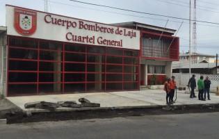 Buscan revertir polémica construcción de estacionamientos frente a cuerpo de bomberos de Laja