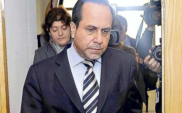 Ex contralor pidió revaluar firmas licitantes de Hospital Barros Luco