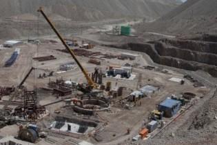 Codelco prepara construcción de dos plantas de ácido sulfúrico en Chuquicamata