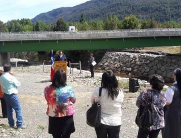 Mejora conectividad para Raúl Marín Balmaceda y La Junta con construcción de nuevo puente