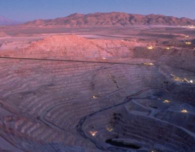 Escondida impacta a minería privada: producción de cobre del sector cae 23% en primer trimestre