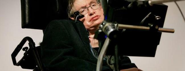 Stephen Hawking dice que tecnología podría poner fin a pobreza, pero pide tener tomar precauciones