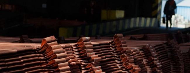 Las cuatro razones que llevaron al cobre a cerrar bajo los US$3