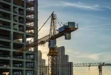 Construcción anota leve mejoría por política monetaria más expansiva