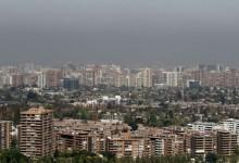 Venta de casas cae 21% y frena mercado de viviendas en Santiago